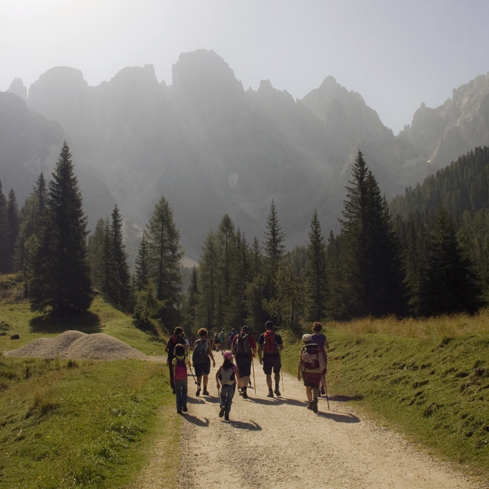 trekking and walking in italy