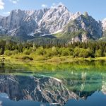 Italian lakes: a relaxing holiday stop